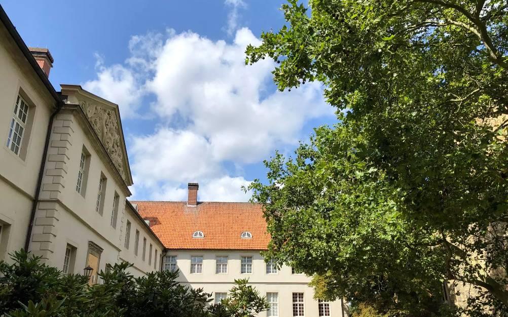 Auf Schloss Cappenberg in Selm wird gerade für einen hochkarätig besetzten deutschen Kinofilm gedreht. Es geht um die Neuverfilmung von Thomas Manns Roman